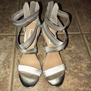 """Steve madden """"paryss"""" silver heel sz 7.5"""